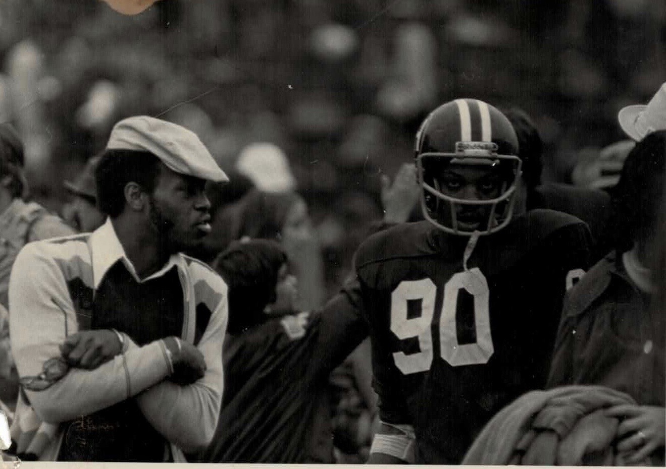 hopdy-and-elam-on-field-1977